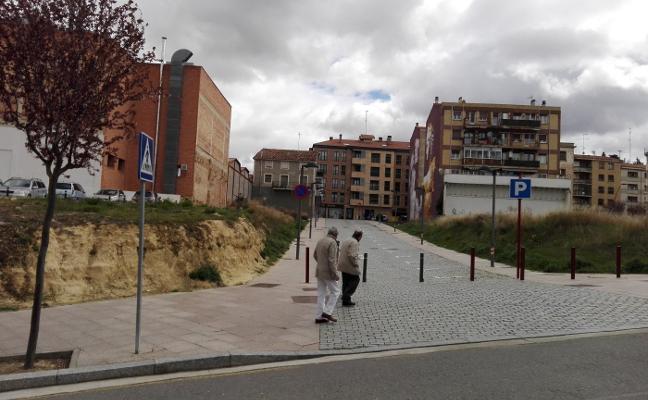 El Ayuntamiento solo usará el parking de Santa Lucía en puentes y festivos