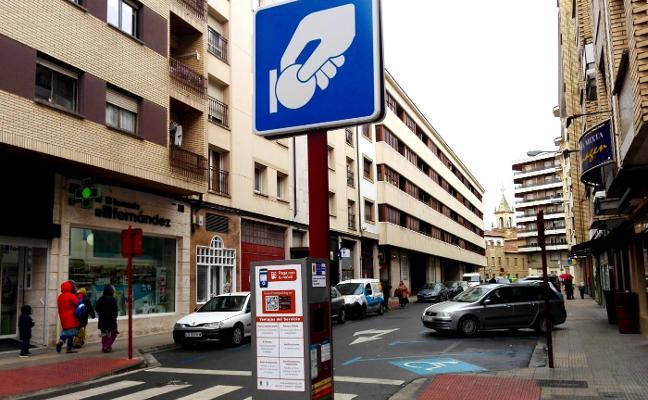 Ayuntamiento, comerciantes y vecinos aprueban la reforma de Avenida de La Rioja