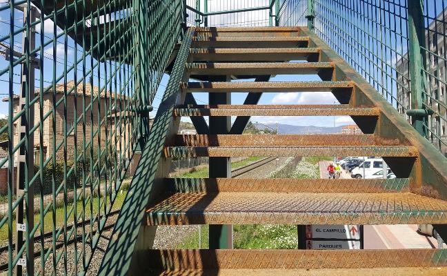 La herrumbrosa pasarela de Paula Montal