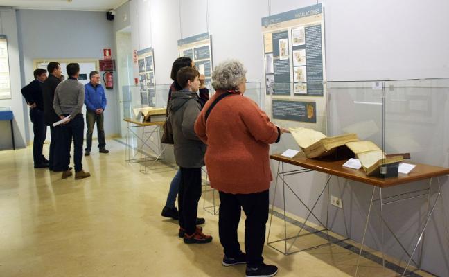 Exposición sobre la biblioteca del Sagasta