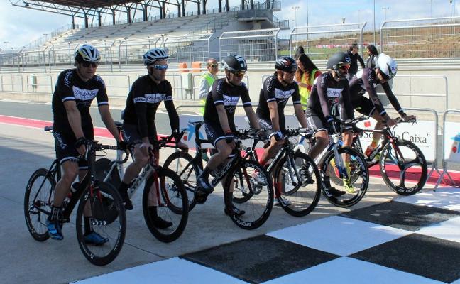El Bodegas Mazuela gana la IV Crono por Equipos