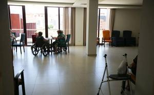 El PSOE critica que la privatización de suelo público impide dotaciones para mayores