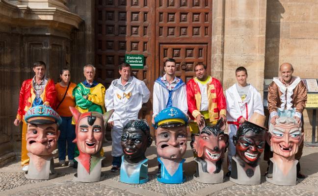 El PP de Santo Domingo reclama que vuelvan a salir los cabezudos en fiestas
