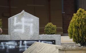 La Asociación 'La Barranca' pide a Bretón que se esclarezca el ataque al cementerio civil de Lardero