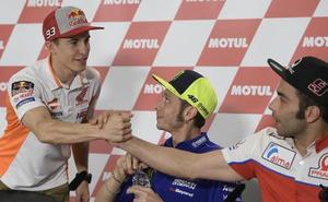 Rossi: «Confirmo todas mis palabras, pero es mejor mirar al futuro»