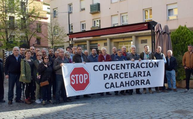 PROTESTA EN EL PARLAMENTO CONTRA LA 'PARCELARIA'