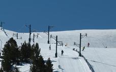 Opciones para esquiar un fin de semana con mucha nieve