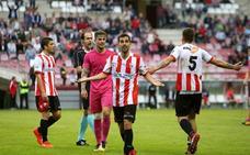 Una roja y un fuera de juego: la polémica del UDL-Sporting