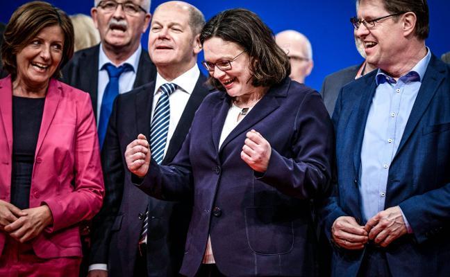 Andrea Nahles se pone al frente de un SPD roto