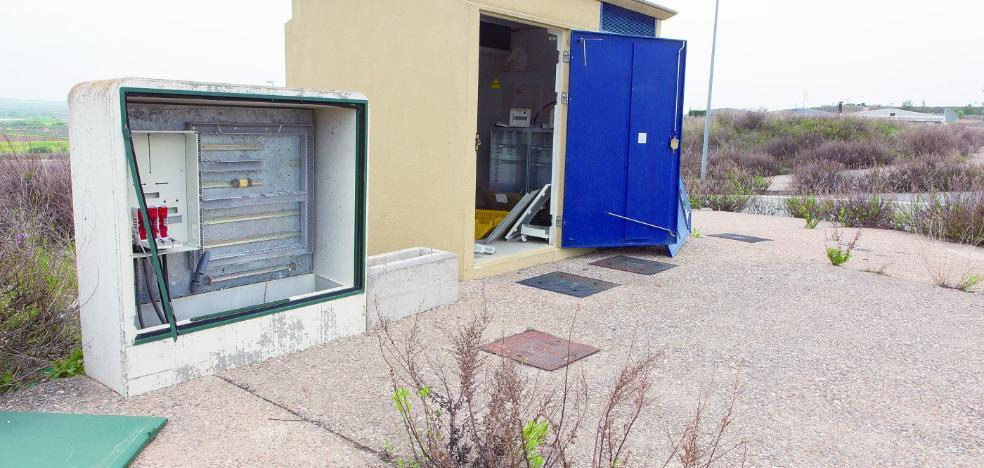 Los polígonos al otro lado del Ebro lanzan su SOS