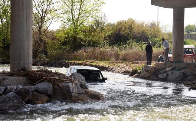 Atrapado en las aguas del Cidacos