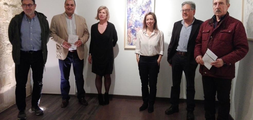El hilo artístico de Svetlana Tarnawska teje en el Torreón un recorrido abstracto