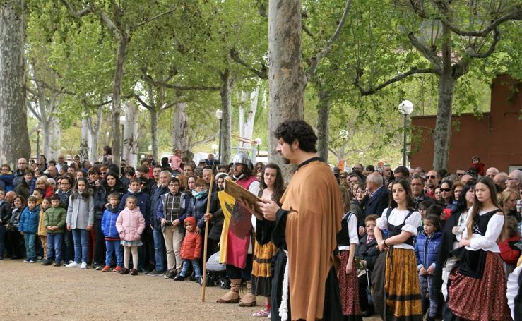 Aclamación y pregón en Nájera