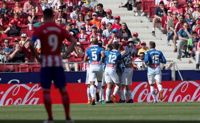 El Espanyol asalta el Wanda ante un Atlético despistado