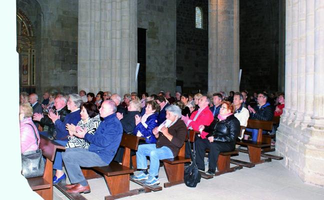 La Coral Aita Donostia actuó en Santa María
