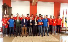 Recepción municipal al BM Logroño