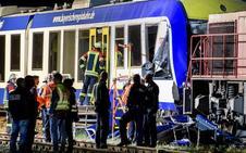 Dos muertos y 14 heridos en choque entre dos trenes en Alemania