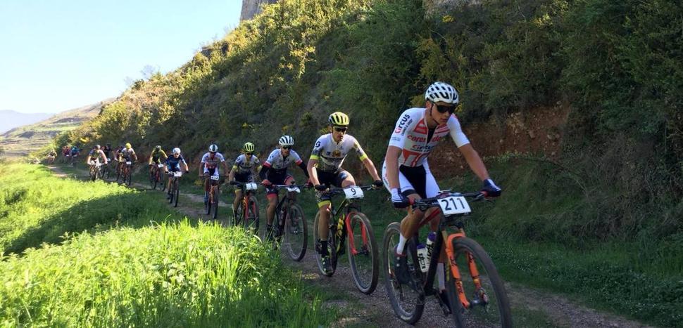 Los favoritos cumplen en La Rioja Bike Race