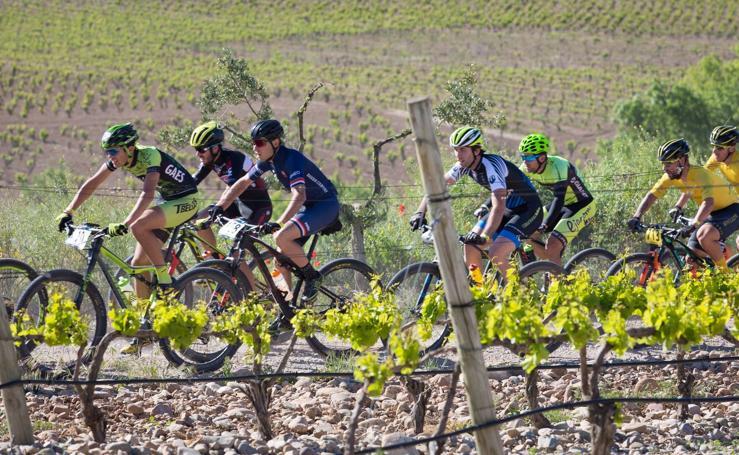 La Rioja Bike Race - Tercera etapa: El paso por el meandro de Mantible
