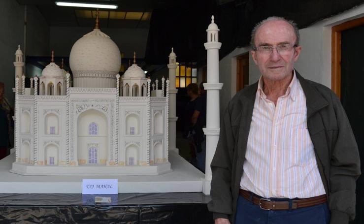 Jaime Fernández realiza maquetas de los edificios más singulares derl mundo