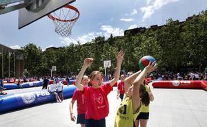 Logroño vuelve a superar los mil jugadores en el 'Plaza 3x3' de baloncesto