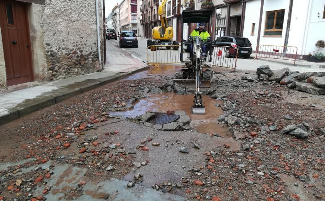 Una rotura deja a Ezcaray sin agua durante dos horas