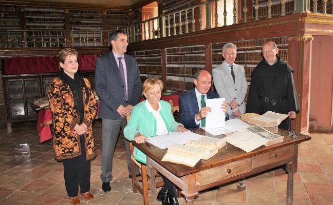 Iberdrola aporta 15.000 euros para la restauración de códices de San Millán
