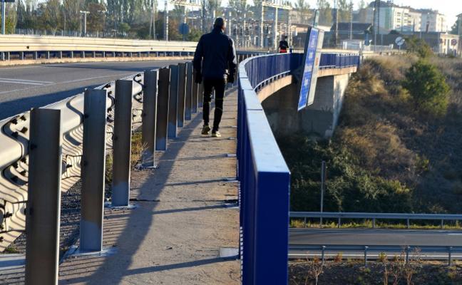 El Gobierno saca a licitación las obras de los puentes de la N-232 y la AP-68