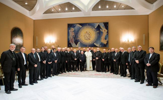 El Papa anuncia a los obispos chilenos medidas contra los abusos sexuales