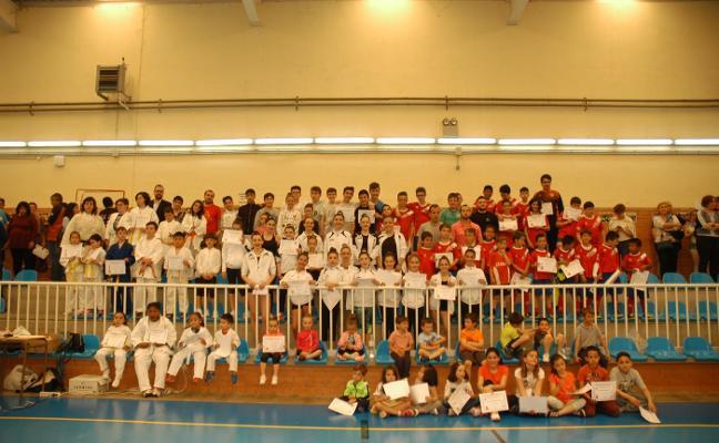 Las escuelas deportivas celebran el fin de temporada
