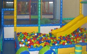 Detenido por abusar de ocho niñas en un castillo de bolas en Oviedo