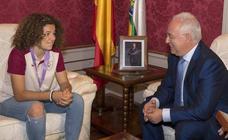 Ceniceros califica a Ana Tejada de «ejemplo para niños y jóvenes»