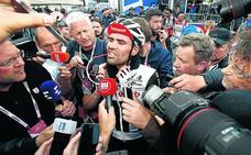 La crisis de Yates emociona el Giro