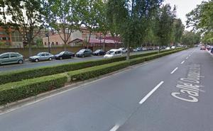 Herido un joven de 18 años al chocar su moto contra un coche en Logroño