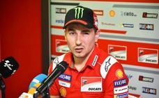 Lorenzo: «Voy a correr en MotoGP y será con una moto competitiva»