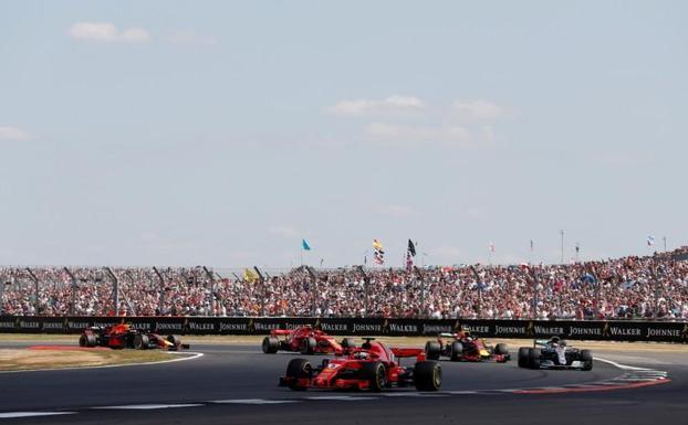 Primer ministro británico quiere la Fórmula 1 habiendo la cuarentena