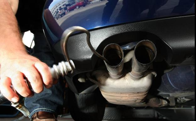 El gran engaño de los coches híbridos enchufables, contaminan y mucho
