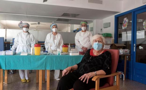 España aumenta restricciones por el coronavirus pero descarta un confinamiento total