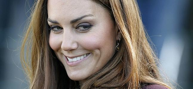 Kate Middleton, luciendo embarazo en biquini