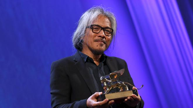 El filipino Lav Diaz gana el León de Oro con 'The Woman Who Left'