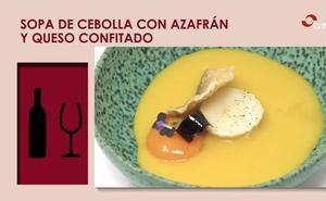 Sopa de cebolla con azafrán y queso confitado