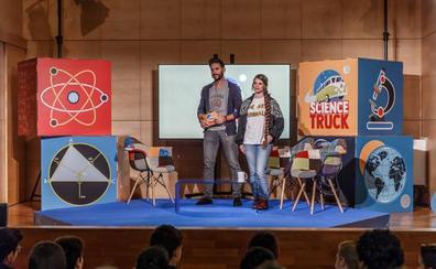 El programa de youtubers científicos «Science Truck» llega a Logroño