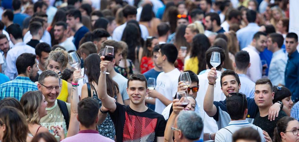 Ambientazo en el Riojano