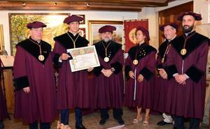 El matador Roca Rey subraya el «honor» que supone estar ligado al Rioja