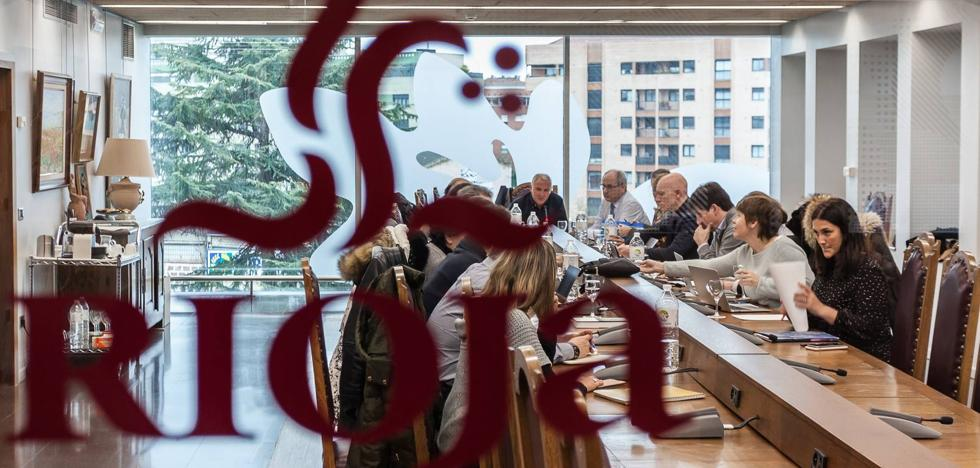 Las bodegas familiares de Abra cambian el apellido Rioja Alavesa por 'Bodegas de Euskadi'