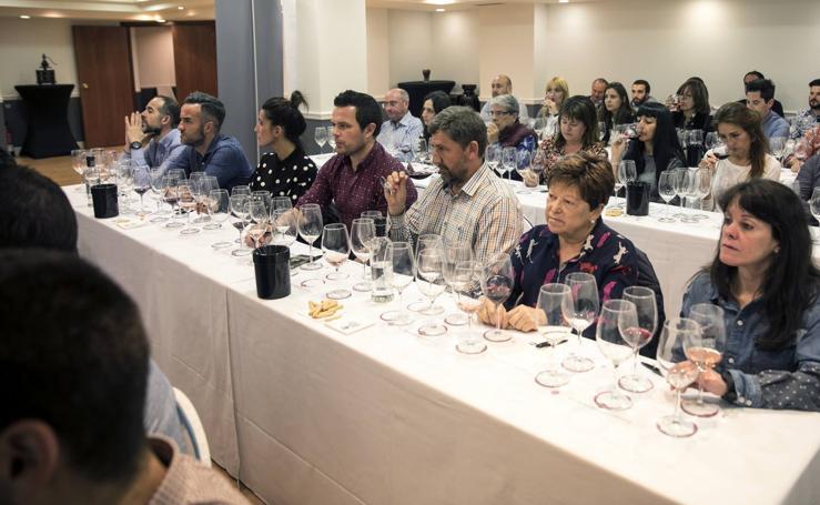 Pedro Peciña y 'El Vino Pródigo', en el Club de Catas