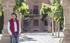 «Como cultivamos todas las variedades de Rioja, el escaparate es muy bonito»
