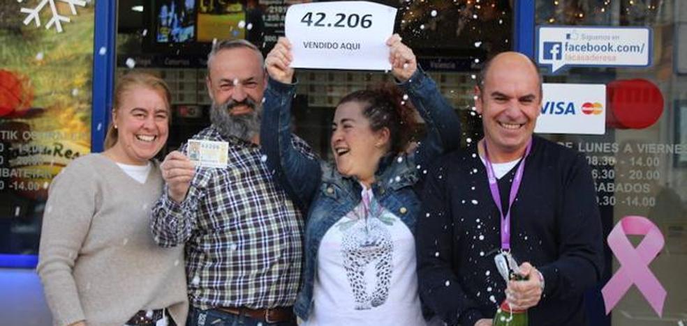 Uno de los cuartos premios llena de millones un pequeño pueblo alavés