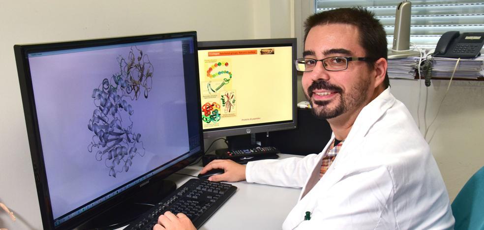 «Haber colaborado con la Premio Nobel de Química es para mí una gran alegría»