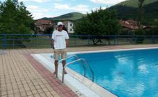 El socorrista de las piscinas de Valgañón salva la vida a un niño de 12 años